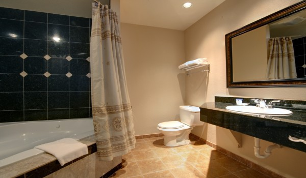 Yosemite Westgate Lodge: Incredible Hotel Bathroom