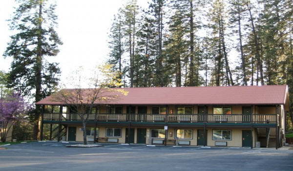 Yosemite Westgate Lodge - Building 2 at the Yosemite Westgate Lodge in Buck Meadows